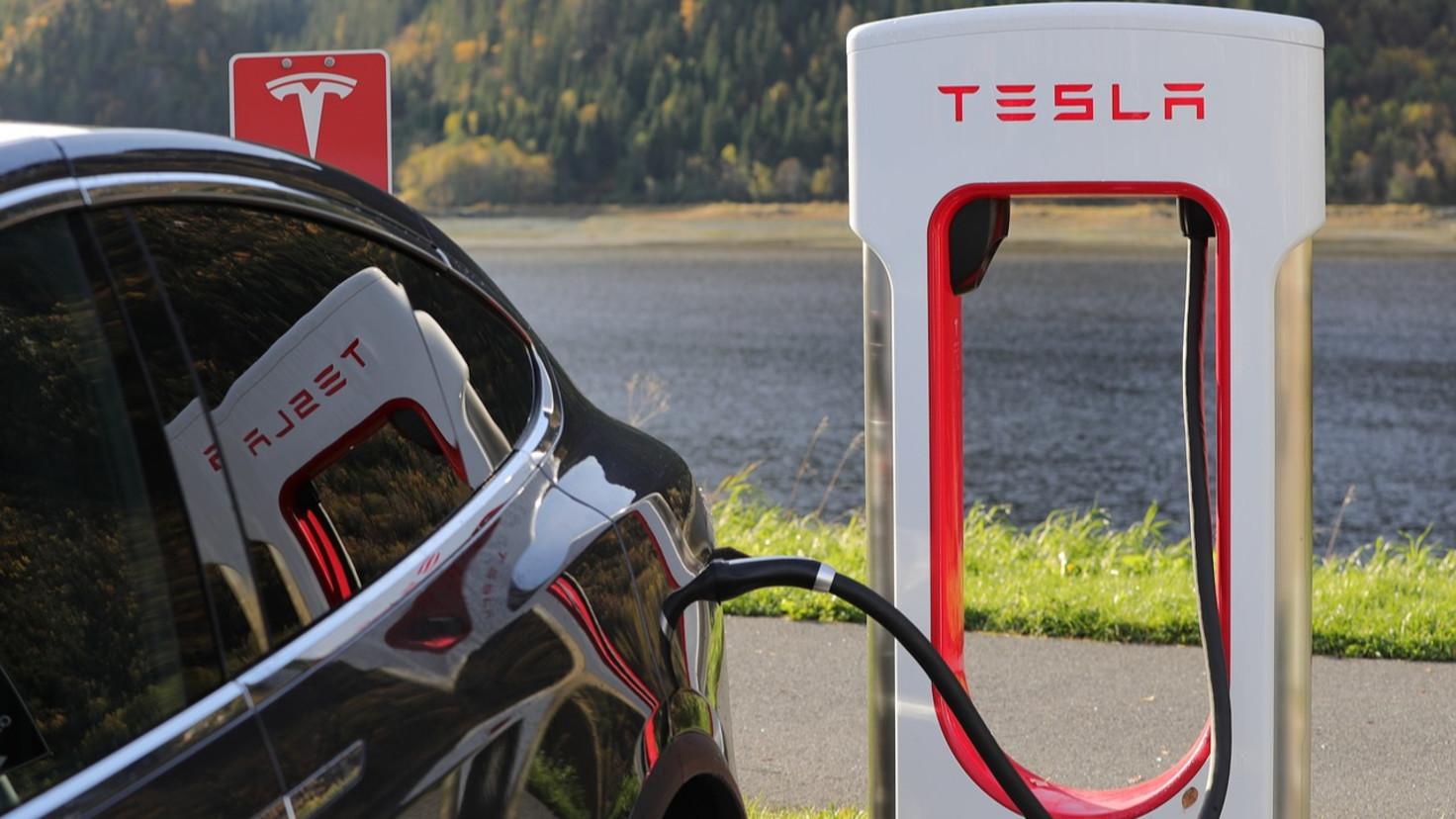 Goldman Sachs Cuts Tesla Stock Price Target Down to $158