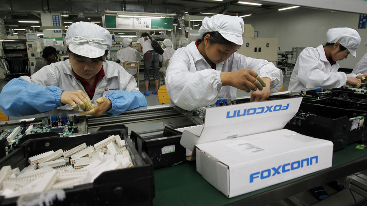 Apple Considers Shifting 15-30% of Production Capacity out of China