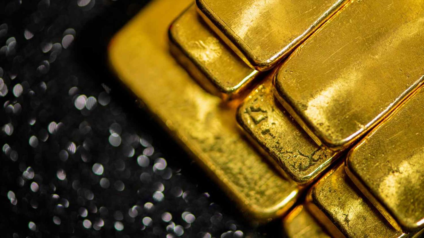Bond King predicts gold surge