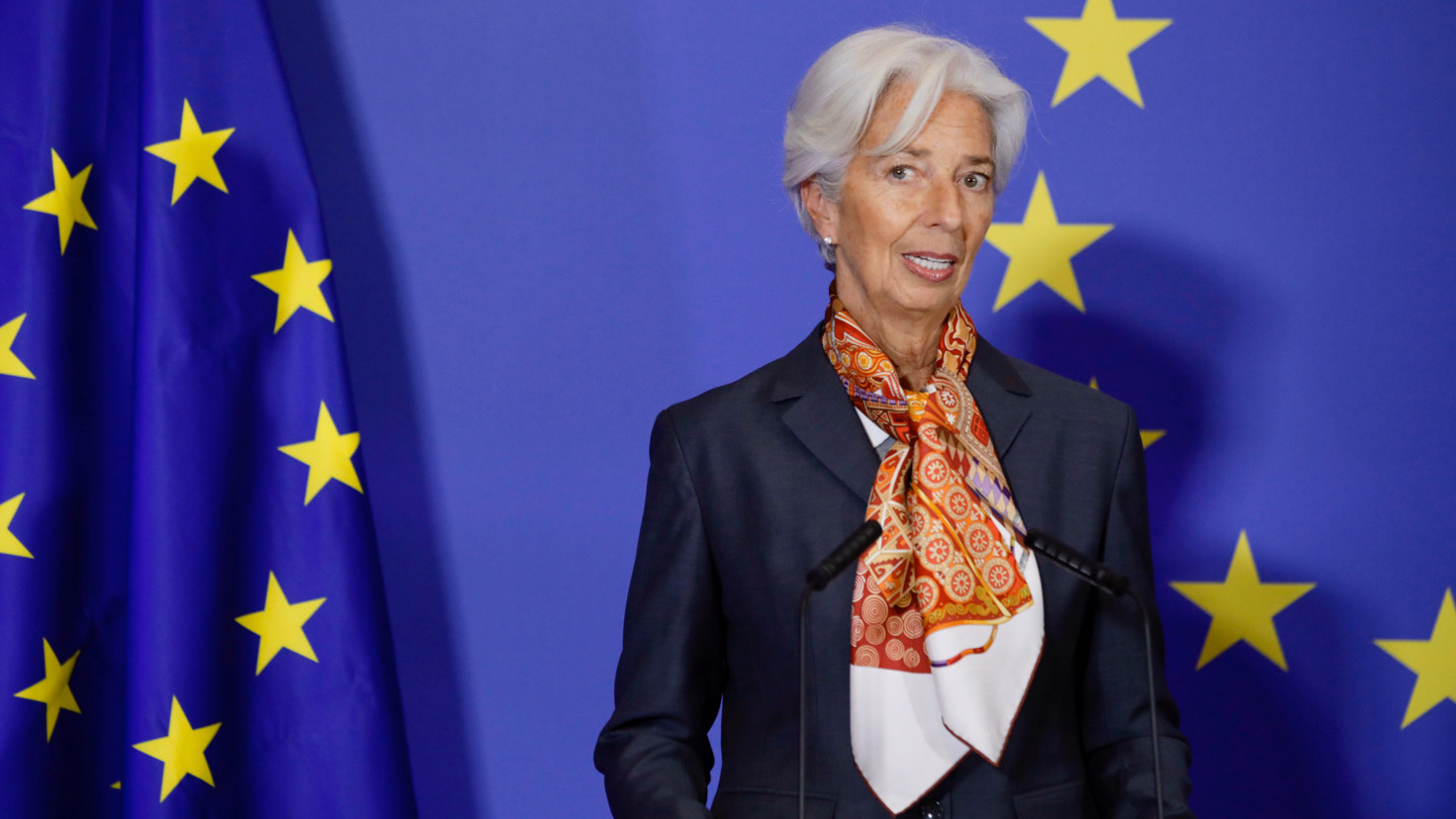 Lagarde calls for euro zone governments to use fiscal measures